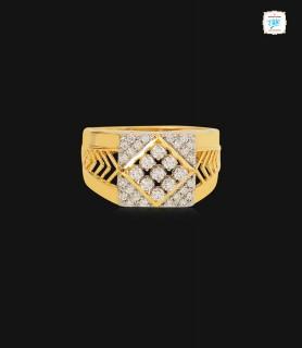 Signet Cutout Diamond Ring...